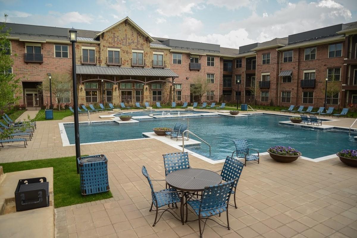 Pool at Listing #282217