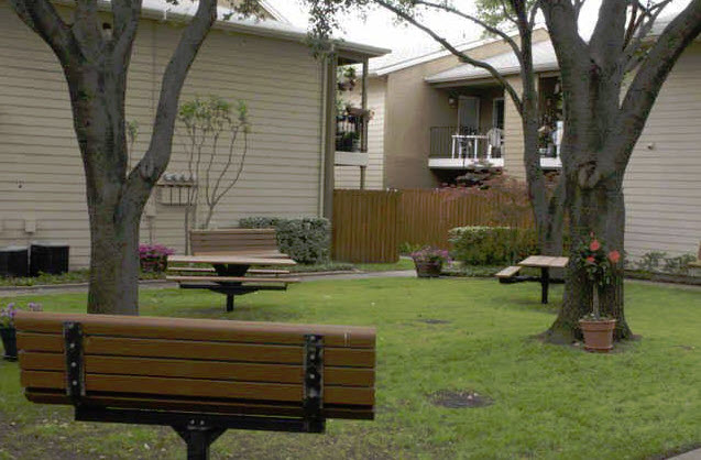 Picnic Area at Listing #135659