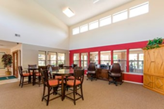 Lounge at Listing #135849