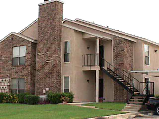 Exterior at Listing #136738