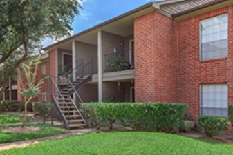 Exterior at Listing #138645