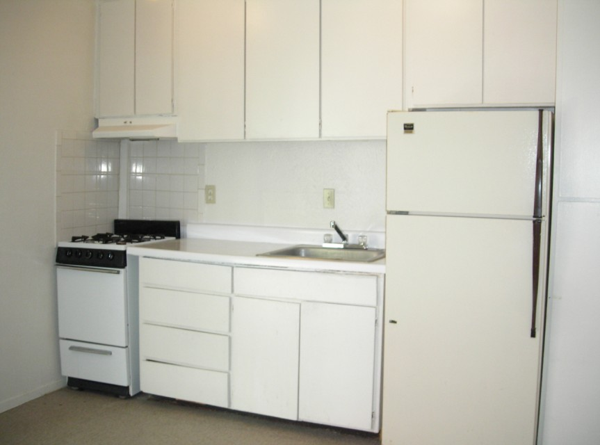 Eff/Kitchen at Listing #150611