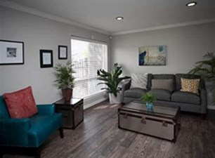 Living at Listing #139529