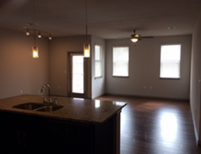 Living at Listing #251690