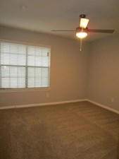 Bedroom at Listing #140179