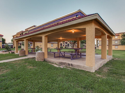 Picnic Area at Listing #137254