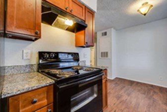 Kitchen at Listing #140430