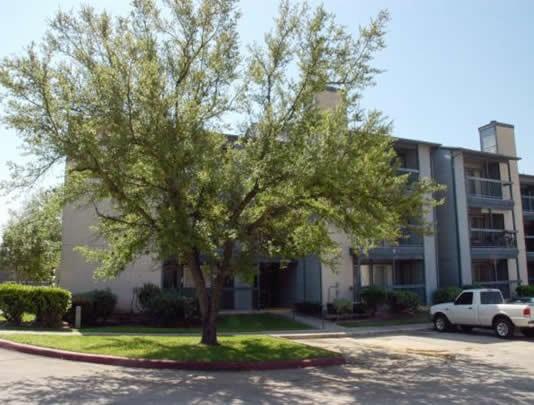 Summit Apartments San Marcos TX
