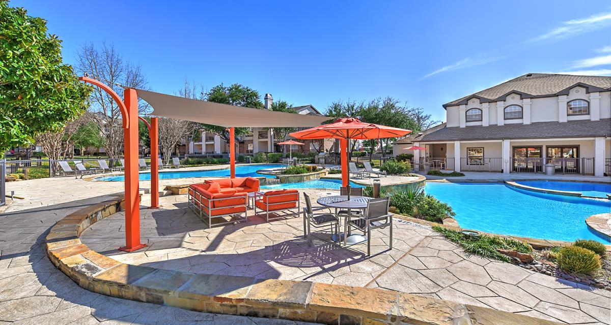 Ladera I & II Apartments Dallas TX