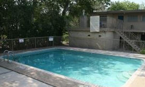 Pool at Listing #140984