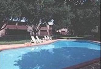 Pool at Listing #140978