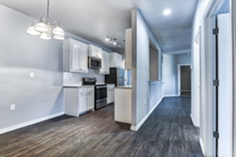Dining/Kitchen at Listing #330263