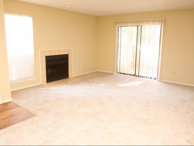 Living at Listing #136954