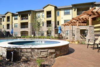 Hot Tub at Listing #151496