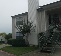 Exterior at Listing #274604