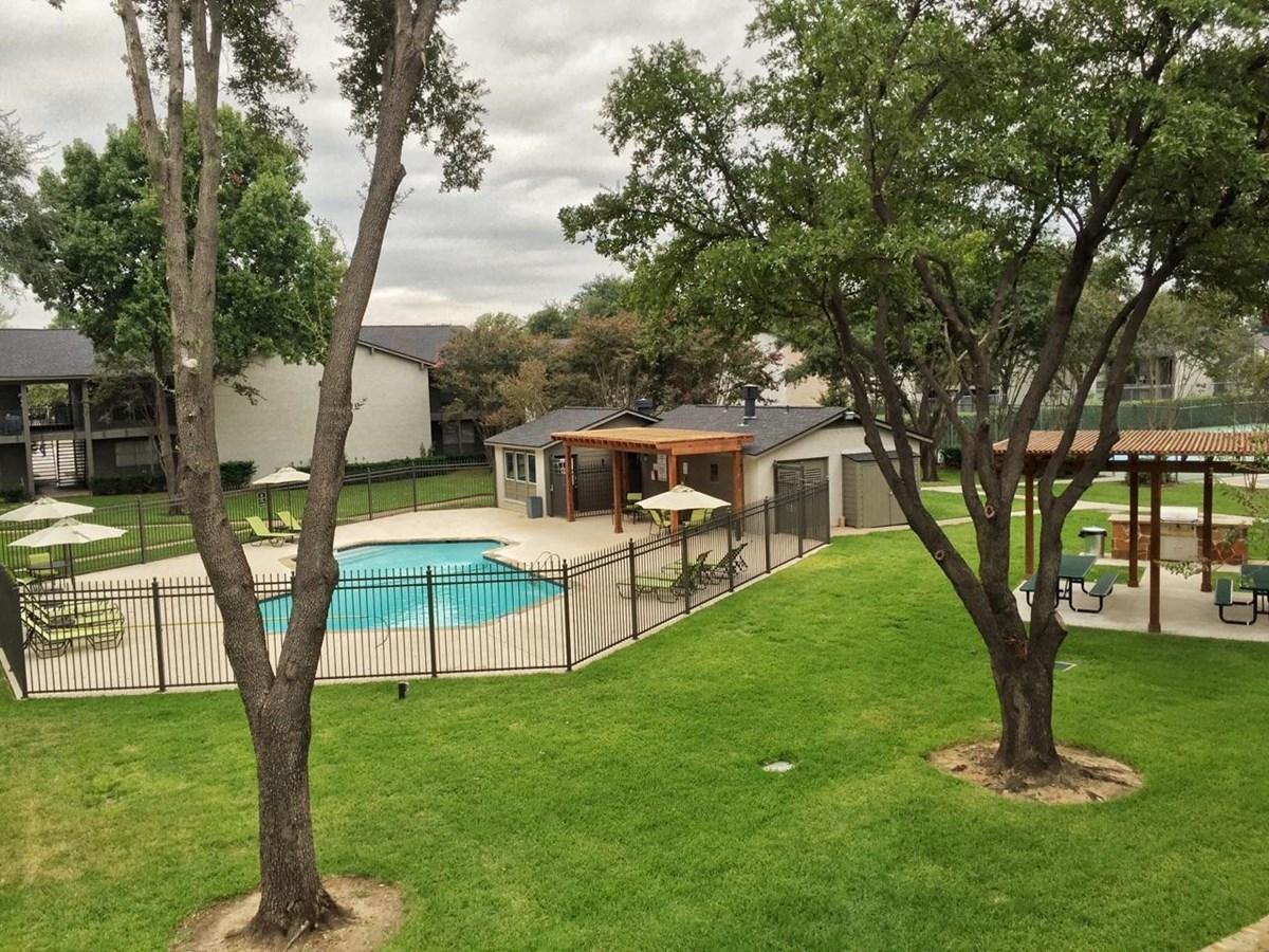 Woodlands of Arlington Apartments Arlington, TX