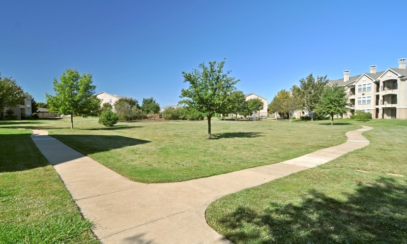 Exterior at Listing #137736