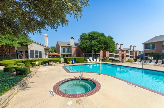 Pool at Listing #136912